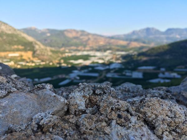 Рассвет в горах Адрасана