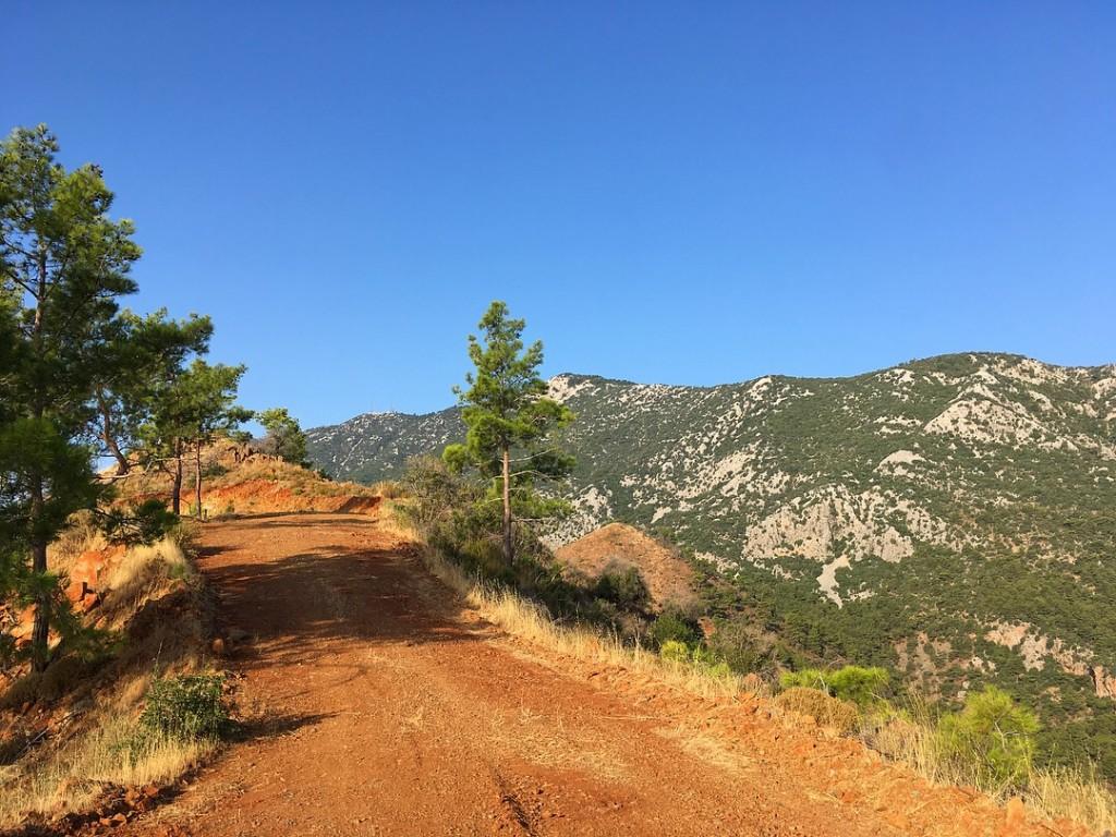 В горах Адрасана